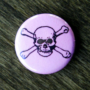 Pirate Button - Pink Skull & Crossbones
