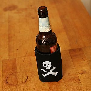 (koozie) pirate.