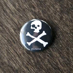 Pirate Button - pirate.
